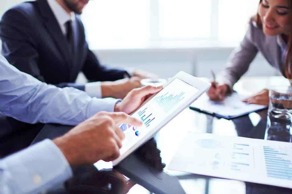 2022: Rechnungszinssenkung – Was die Folgen sind!